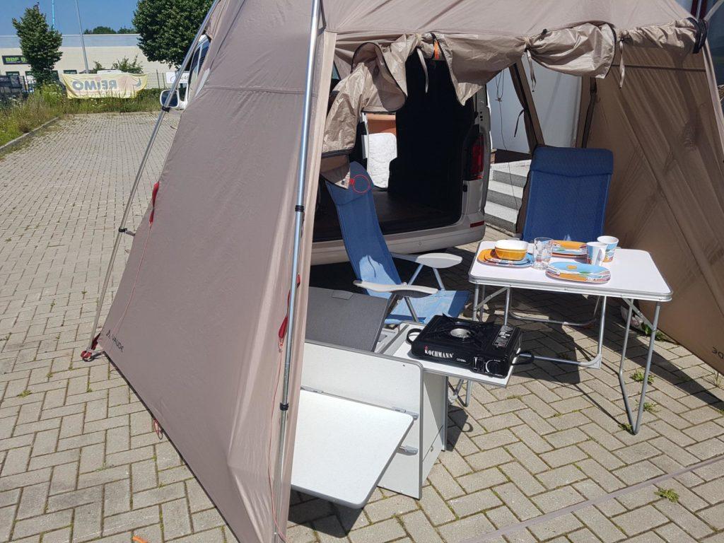 Heckzelt mit Bike & Surf Küche für T5 / T6 und Campingartikel