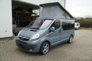 vivaro-traffic-talento-b4f-aufstelldach-bus4fun