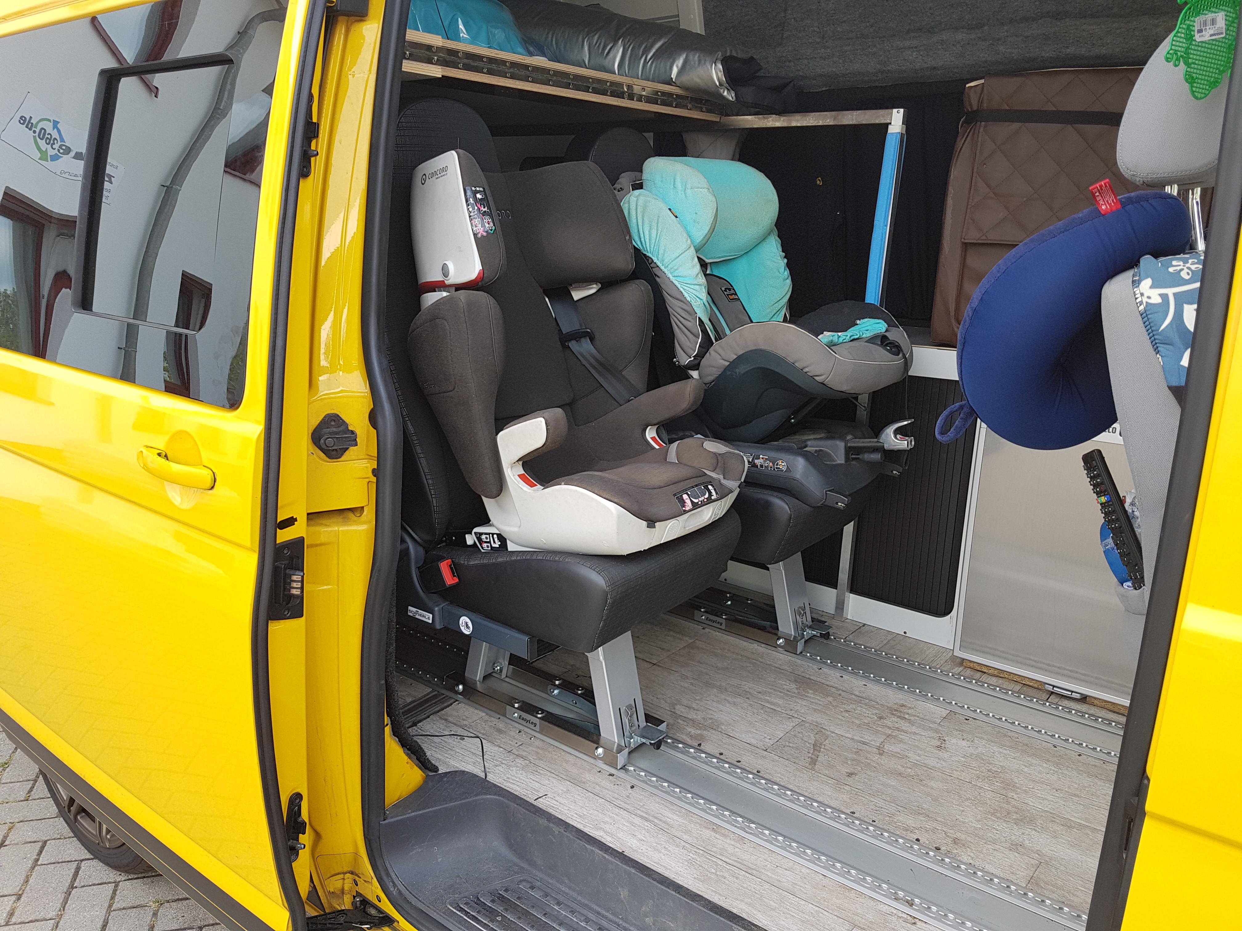 schlafsitzbank sitze nachr sten bus4fun. Black Bedroom Furniture Sets. Home Design Ideas