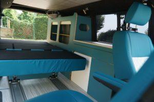 Schlafsitzbank Sitze VW T6 auf Schienen