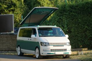 vw-t6-stylecamper-camper-bus4fun-schraeg-vorne-b4f-aufstelldach-open-sky