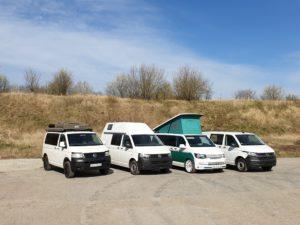 Bus4Fun Fuhrpark mit allen mögliche Dächern - Dachzelt, Mittelhochdach, Aufstelldach, Flachdach